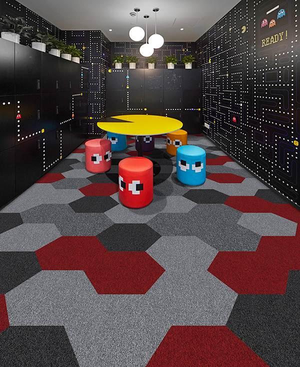 HEX 2 carpet tiles