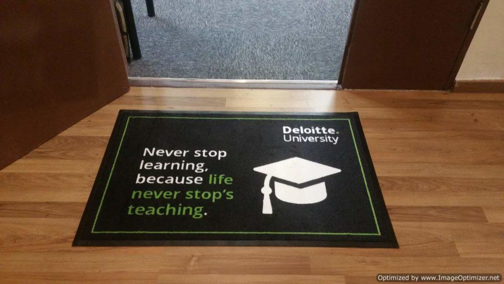 Deloitte logo 3
