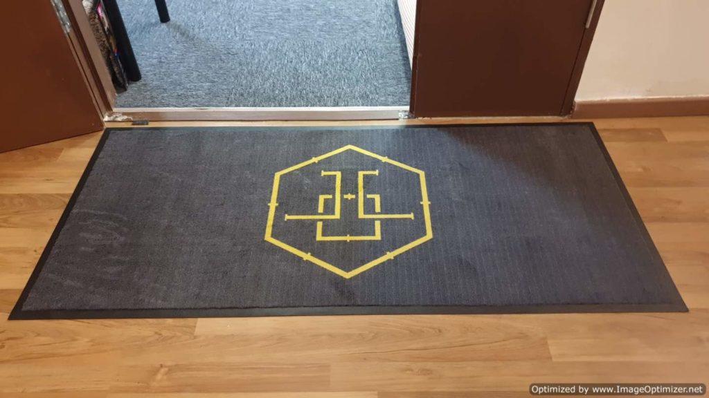 logo mat symbol
