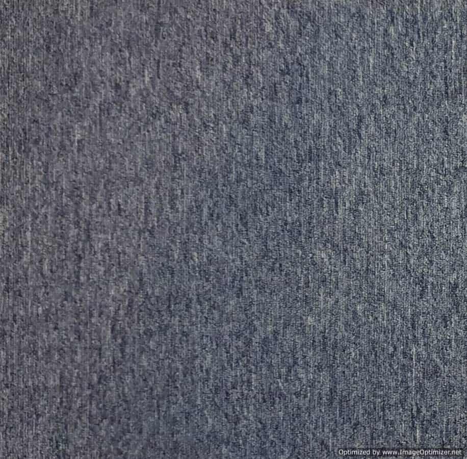 657 - Plain Carpet Tile