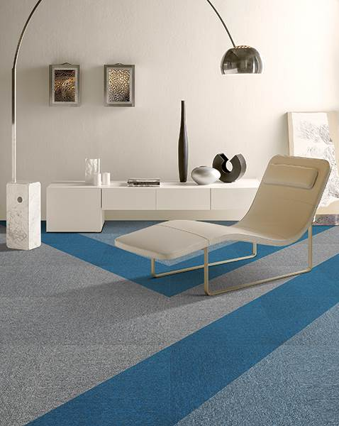 Mik 1 Carpet Tile