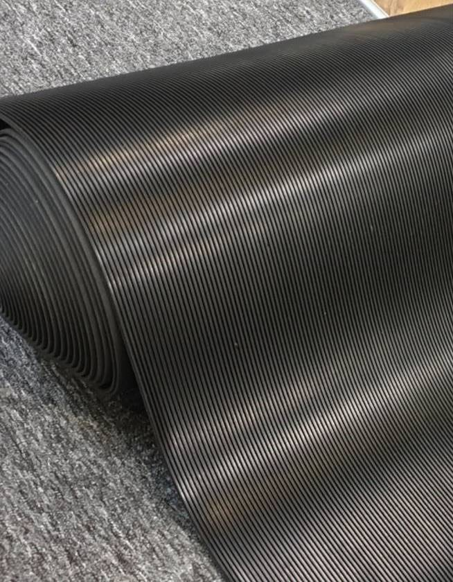 Corrugated Mat
